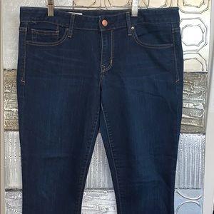 👚= 3/$25 Gap - always skinny cropped jeans- 30
